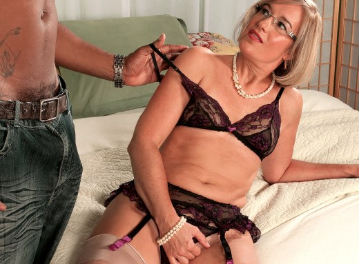 tube-clip-milf-suz-from-40iesomething