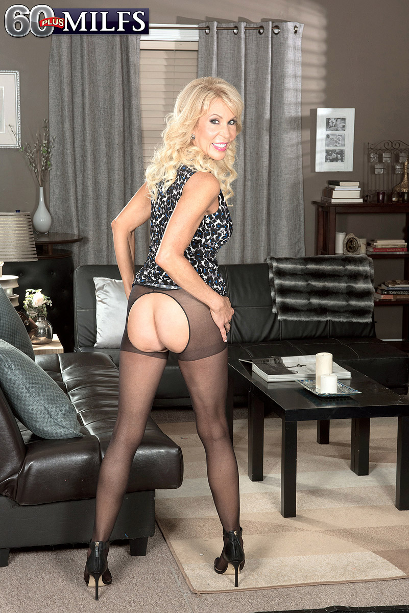 granny crouchless pantyhose #7