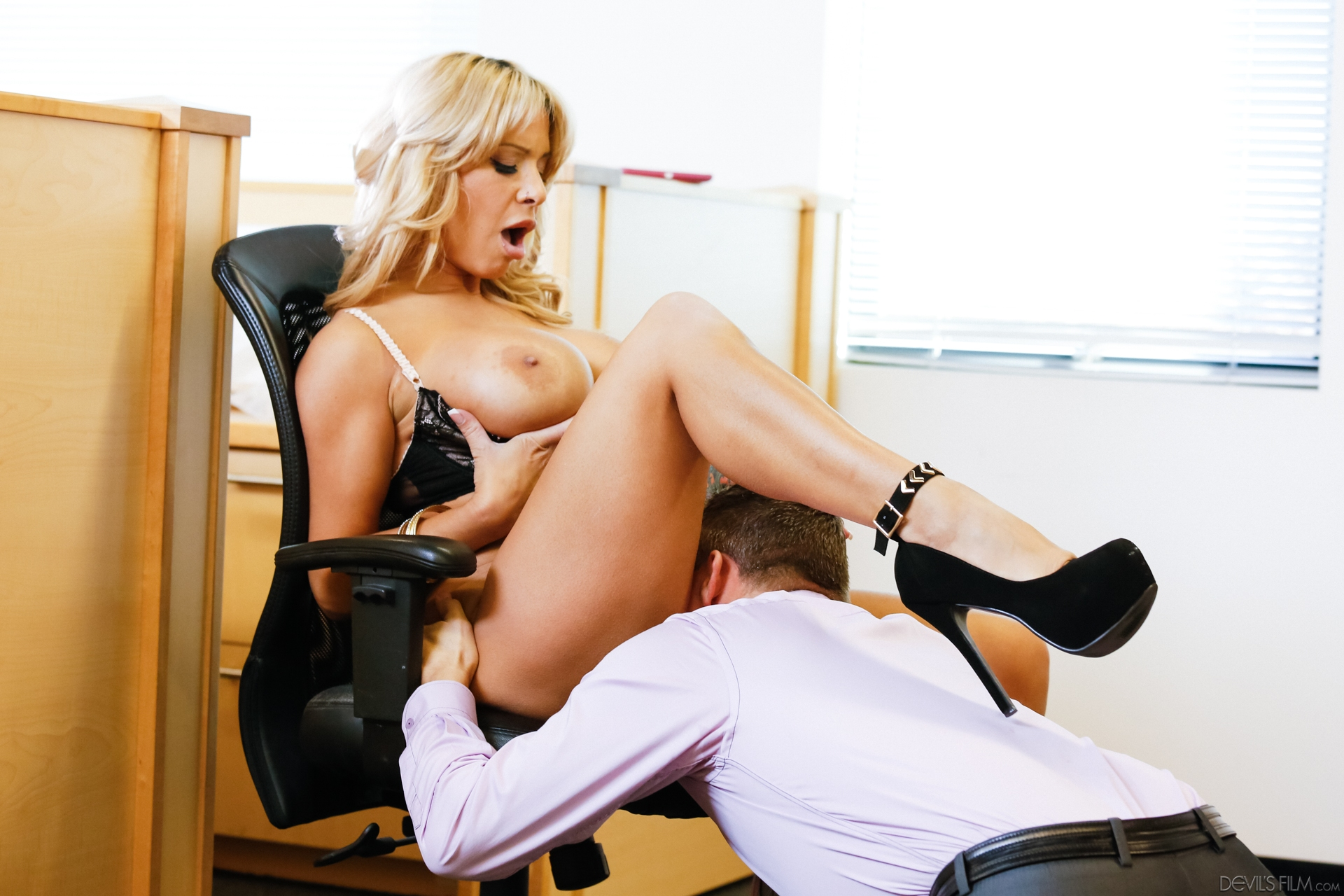 busty ole secretary milf going down on an executive #13